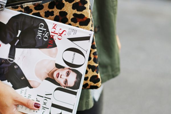 vogue_germany_leo_clutch_fashionnes