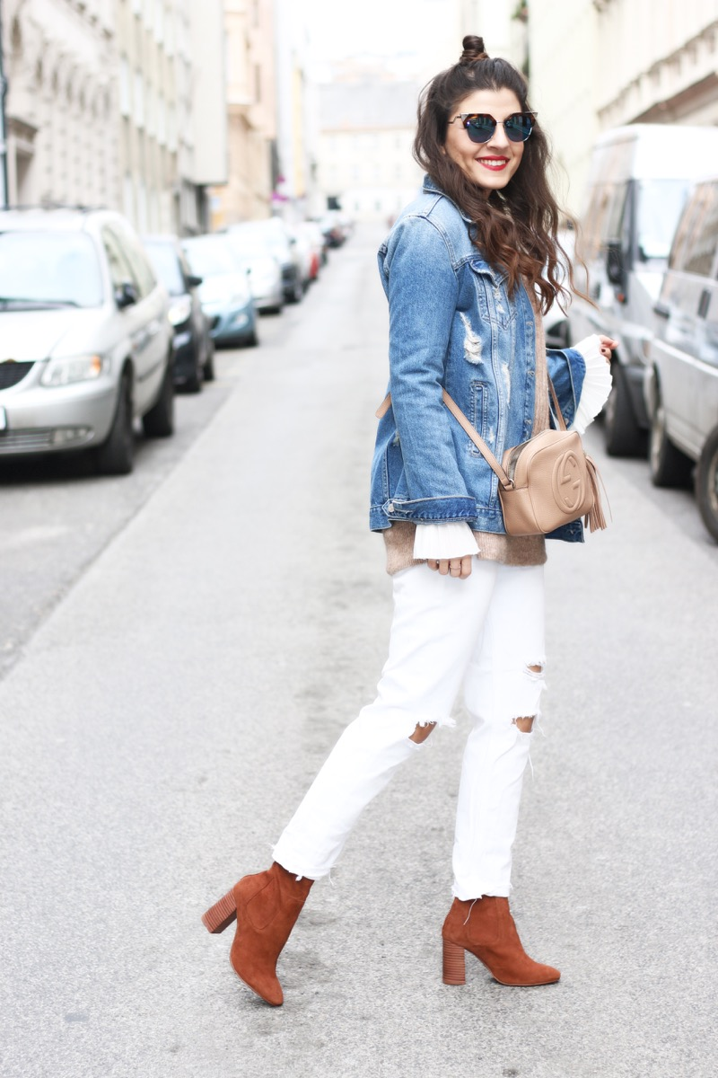 Dkny Ripped White Boyfriend Jeans - White 24 With the ultimate relaxed fit and distressing that gives off that perfectly worn-in vibe, Dkny's boyfriend jean gives a city update to classic white denim. more.