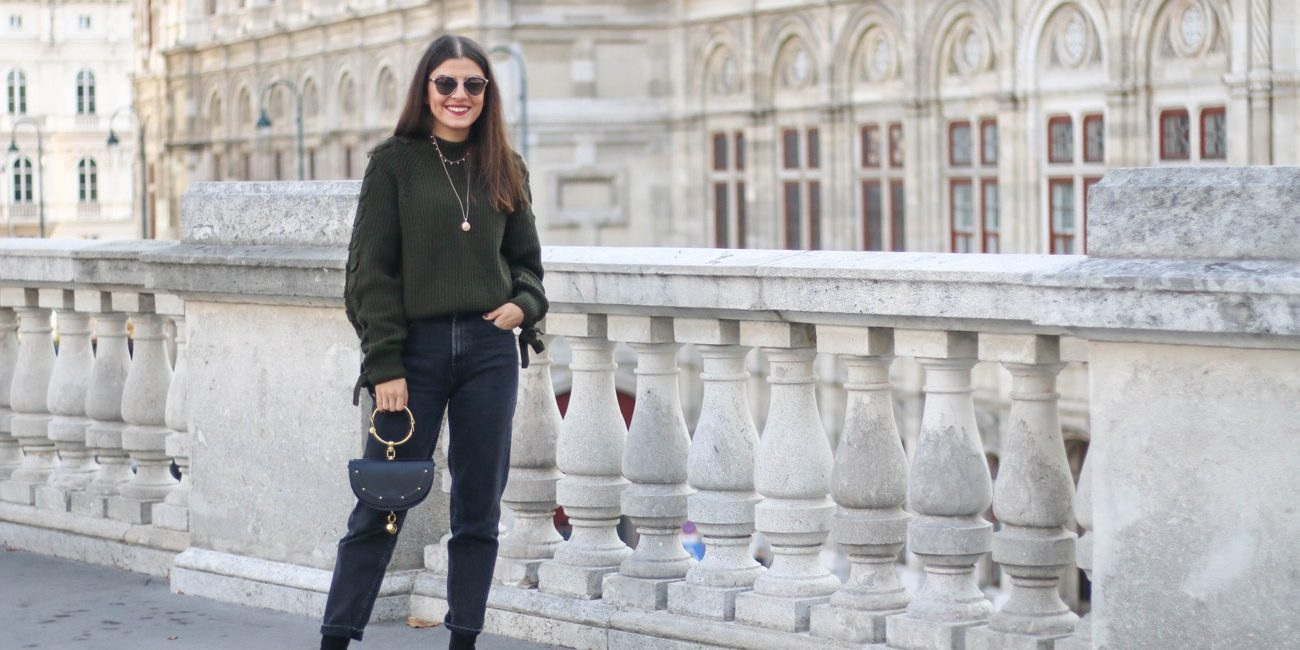 Olive Round Neck Sweater & Mom Jeans